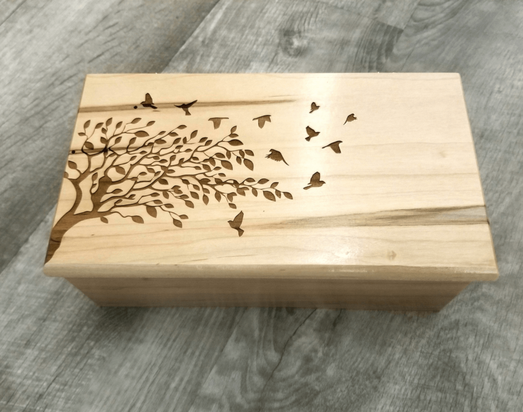 personalized wooden keepsake box gift for mom