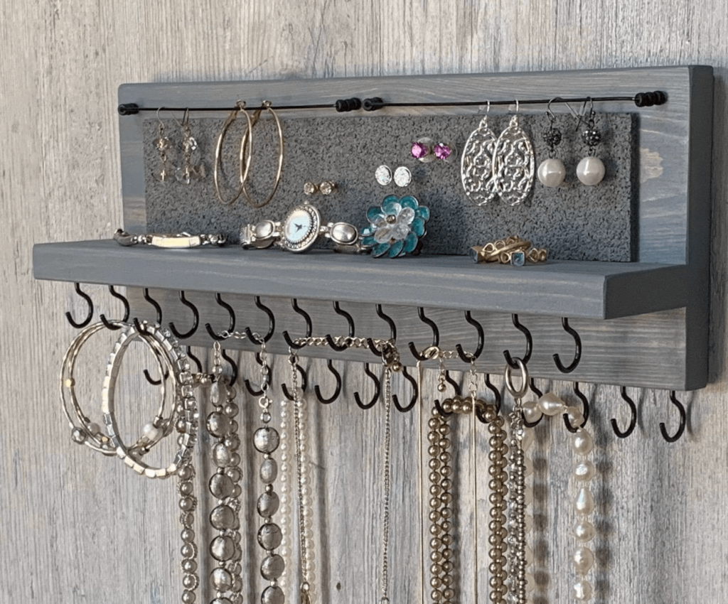 wall jewelry organier for mom